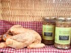 Ferme de Calès - Panier Repas: 1 Poulet Prêt À Cuire Et 2 Bocaux De Haricots Tarbais Cuisinés