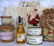 Ferme de Pleinefage - 1 Coffret Noël 100 % Périgord : Foie Gras, Noix, Anchaud, Canard, Huile