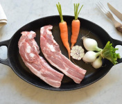 BEAUGRAIN, les viandes bien élevées - Travers de Porc Bio d'Auvergne