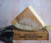 Ferme Chambon - Tomme Fermière au lait de vache Quart de Meule 1,5kg