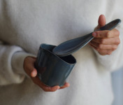 Atelier Eva Dejeanty - Service de Vaisselle en Céramique (Grès) : Cuillère + Bol Taille S Modèle Cellule