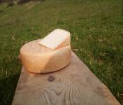 La ferme Lassalle - Fromage de brebis AOP Ossau-Iraty Fermier d'Estive - la part de 250g