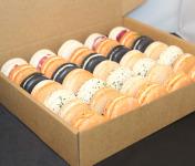 Les Macarondises - 35 Macarons Sucrés-salés Festif