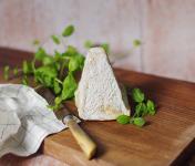 Ferme du caroire - Pyramide sèche au lait cru de chèvre