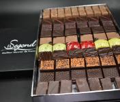 Philippe Segond MOF Pâtissier-Confiseur - Boite De Chocolats Artisanaux 1kg