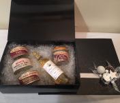 La ferme d'Enjacquet - Coffret Cadeaux : foie gras, canard, Vin rouge, 100% Gers