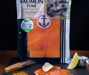ONAKE - Le Fumoir du Pays Basque - Tranches de Saumon Bio Irlandais, Fumé au Bois de Hêtre, Au Piment d'Espelette - 4 Pers