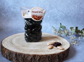 Les amandes et olives du Mont Bouquet - Amand'olives 150g -amandes grillées salées enrobées de chocolat noir à l'huile d'olive