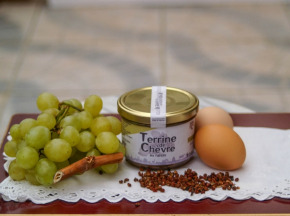 Ferme du caroire - Terrine De Chèvre Au Raisin