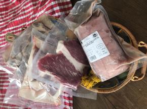 Marie et Nicolas REY - Domaine REY - [Précommande] Colis Découverte de Viande Fraîche de Porc Noir de Bigorre AOP 5,5 kg