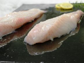 Pêcheries Les Brisants - Filet de Lotte - Pelé - Lot de 1kg