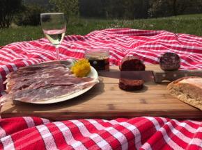 Marie et Nicolas REY - Domaine REY - Apéro Prestige de Porc Noir de Bigorre