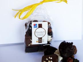 """Les amandes et olives du Mont Bouquet - Ballotin """"douceurs chocolatées aux amandes"""" 200 g"""