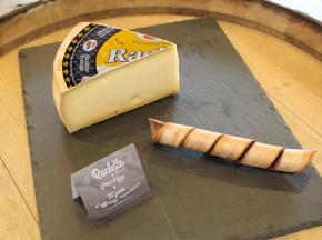 Constant Fromages & Sélections - Raclette Badoz Au Lait Cru Prestige, Part De 500g Environ
