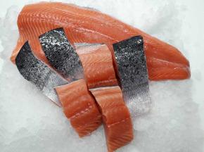 AQUADIS NATURELLEMENT - [caisse 3kg] Filets De Saumon Avec Peau 1,4/1,7kg