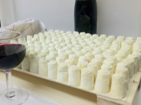 Ferme du caroire - Offre Cocktail : Plateau de Mini Chèvres x 480