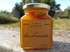 Un brun gourmand - Confiture D'abricot Et Amandes