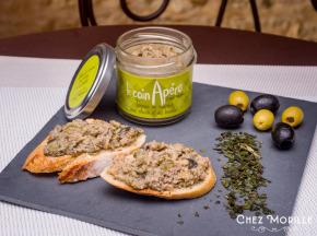 Chez Morille - Le Coin Apéro Terrine De Canard Aux Olives Et Au Basilic