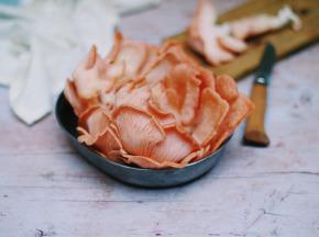 Champignonnière La Marianne - Pleurotes Roses (pleurotus Sjamor) 500g