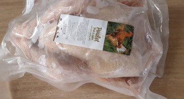 La Ferme du Logis - Poulet Entier de la Ferme - Surgelé  - 1,7 à 1,9 Kg