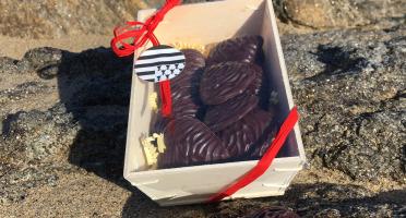 LES GOURMANDS D'OUEST - Chocolats Noir & Lait - Bourriches Huitres