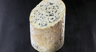 La Fromagerie Marie-Anne Cantin - Fourme D'ambert Aop