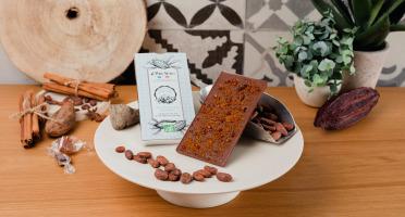Le Petit Atelier - Tablette De Chocolat Au Lait Bio Aux Éclats De Caramel