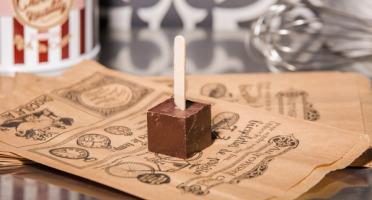 Le Petit Atelier - Sucette Chocolat Chaud Noir 74%