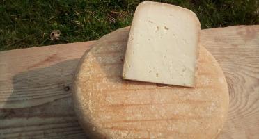 La ferme Lassalle - Fromage de Brebis AOP Ossau-Iraty Fermier d'Estive - la part de 500g