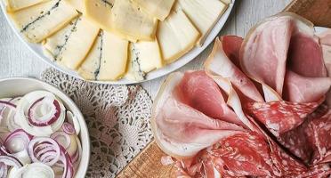 Fromage Gourmet - Assortiment De Raclette Et Charcuterie Pour 6 Personnes