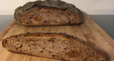 Depuis des Lustres - Comptoir Corse - d'Isère et d'Ardèche - blé et châtaigne, noix, pomme et figue - pain d'exception