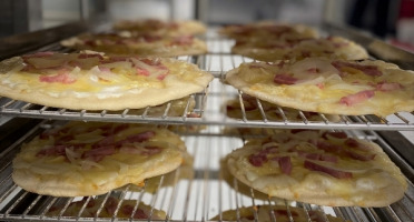 Les Saveurs d'Amatxi - Pizza Lardons Oignons - 2 pièces de 20 cm précuites