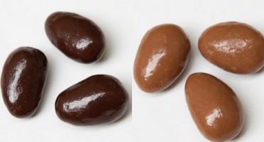 Compagnie Générale de Biscuiterie - Boite Tube De 200 G D'amandes Enrobées Chocolat Noir & Lait