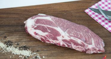 La Ferme de Cintrat - Côtes de porc plein air dans l'échine