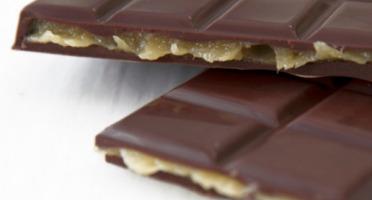 Compagnie Générale de Biscuiterie - Tablette Chocolat Noir Fourrée Caramel Clémentine