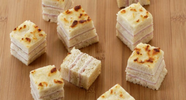 SAVEURS CRISTAL – La Boutique - Carton de 6 Plateaux de Mini Croque-Monsieur TRES gourmands