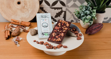 Le Petit Atelier - Tablette Chocolat Noir Bio Au Muesli Aux Fruits Rouges