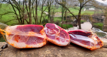 Ferme AOZTEIA - Pavé De Jambon De Porc Kintoa Aop - 24 Mois D'affinage -1300g