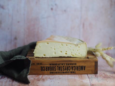 Ferme Chambon - Tomme Fermière au lait de vache 1kg