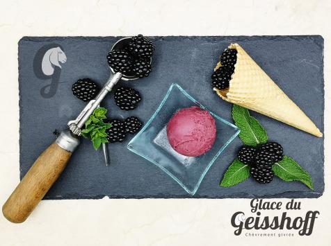 Glace du Geisshoff - Mûre Crème Glacée Fermière au Lait de Chèvre 750 ml