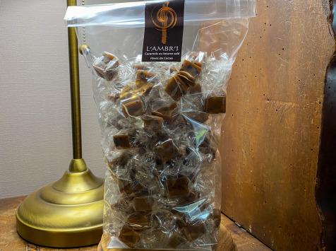 L'AMBR'1 Caramels et Gourmandises - Caramel Aux Fèves De Cacao - Sachet De 500g