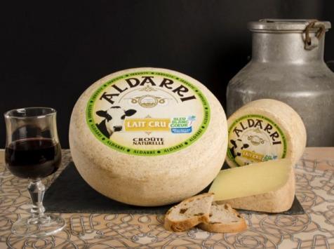 La Fromagerie des Aldudes - Tome De Vache Au Lait Cru Bleu-blanc-cœur Affiné Minimum 3 Mois - 1 Kg
