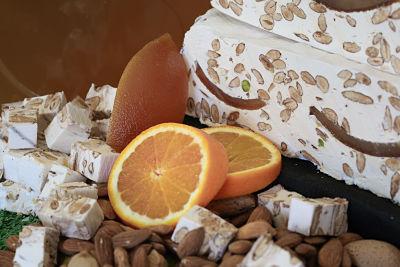 Nougats Laurmar - Nougat blanc tendre  aux écorces d'oranges confites