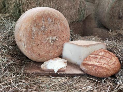 La ferme Lassalle - Fromage de Brebis AOP Ossau-Iraty Fermier de Printemps - le quart de 1kg