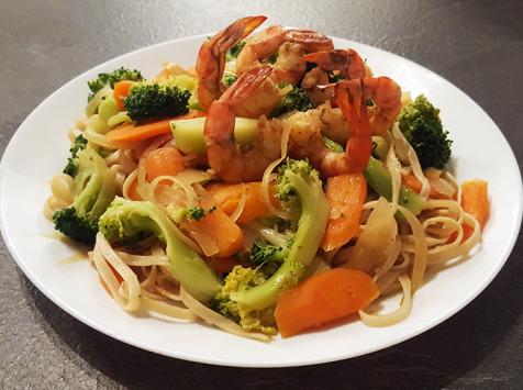 Aquaprawna Traiteur - Pâtes Sautées Aux Crevettes Kuruma Et Aux Légumes