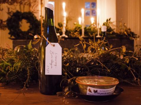 Des Poules et des Vignes à Bourgueil - Panier - Cadeau : Vouvray 1989 Et Foie Gras De Canard Au Naturel 240g