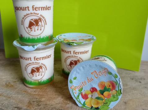 Ferme Chambon - Yaourts Au Lait Cru Et Aux Fruits (fruits Du Verger) X8