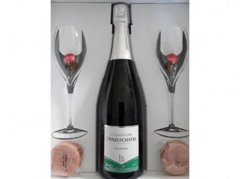 Champagne Deneufchatel - Coffret Champagne Brut Tradition Avec Flûtes, Bouchons Aux Chocolats Et Biscuits Roses De Reims