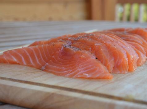 Maison Matthieu - Filet entier de saumon fumé aux bois des vergers - 1kg