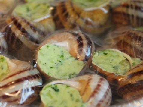 Les escargots d'Armeau - Lot De 10 Assiettes De 12 Escargots Beurrés À La Bourguignonne